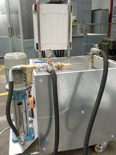 Centrale ad acqua calda collaudo stampi